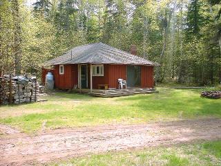 Cabin 3 Exterior